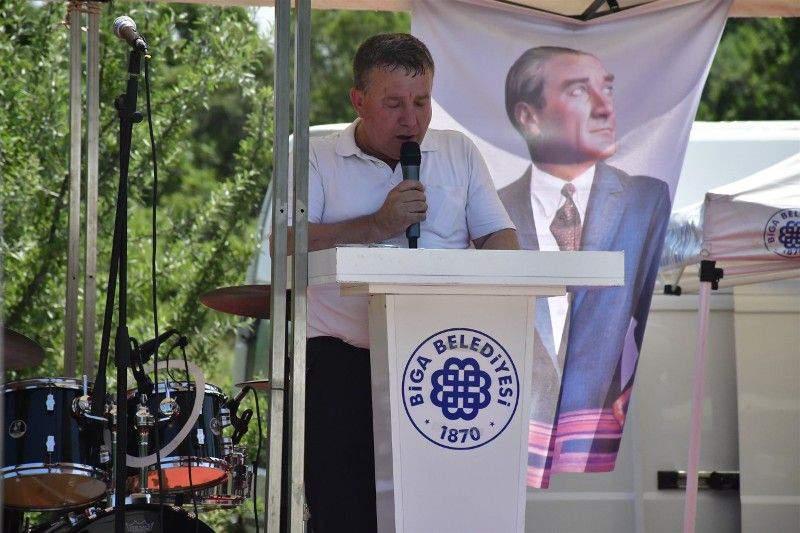 BİGA'DA NİLÜFER GÖLÜ ŞENLİĞİ VE DOĞA YÜRÜYÜŞÜ DÜZENLENDİ