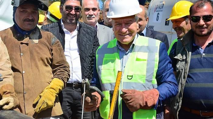 DOĞAL GAZ'a İlk Kaynak Başkan Yılmaz'dan