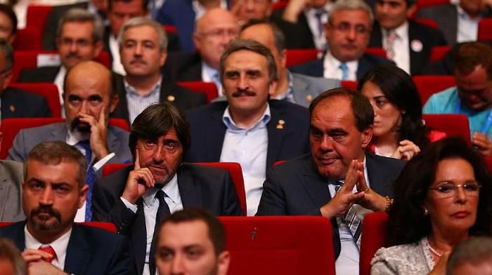 Rıdvan Dilmen'den Arda Turan isyanı
