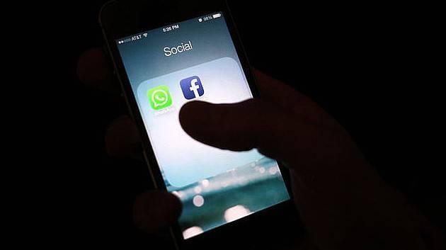 Telefonuna Facebook yükleyenler dikkat!