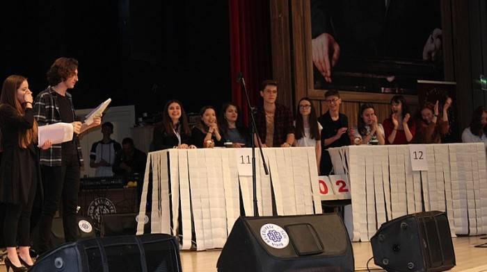 Biga'da 'Bas Söyle' Yarışması