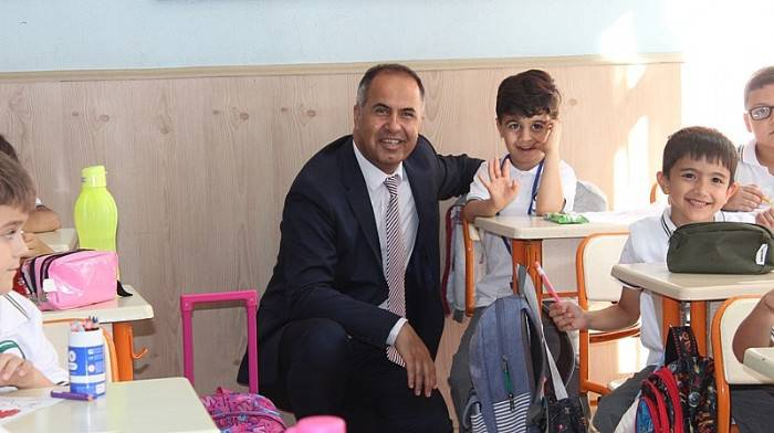 Başkan Erdoğan Sakarya İlkokulunu Ziyaret Etti