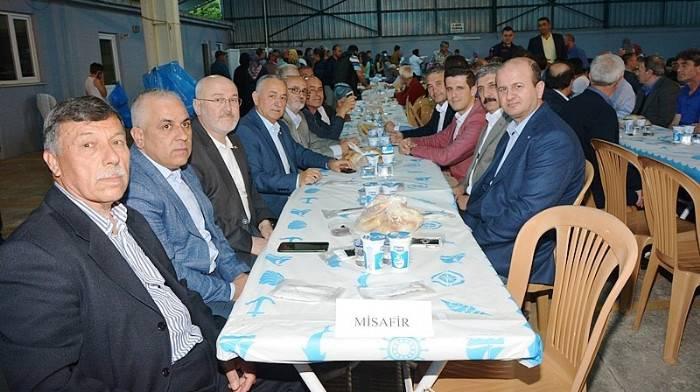 Karabiga Belediyesi Belde Halkına İftar Verdi