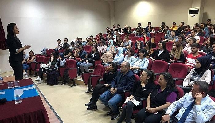 Çanakkale'de üniversite öğrencileri bilimsel dergi çıkardı
