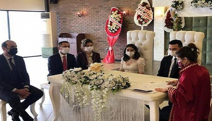 Vali Aktaş, Kaymakamı Kaya'nın nikah şahidi oldu