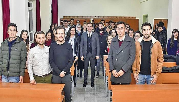 Başkan Erdoğan Öğrencilere Yerel Yönetim Dersi Verdi