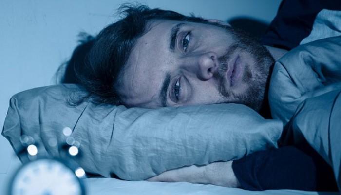Koronavirüs uyku düzenini bozdu; kabuslar ve uyku bölünmeleri arttı (VİDEO)