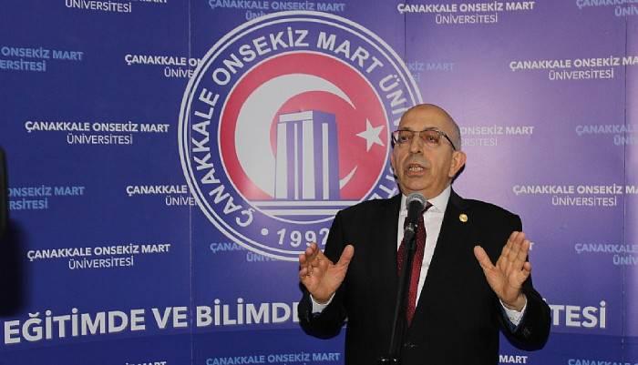 Rektör Murat'a Yılın Akademisyeni Ödülü