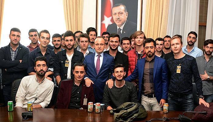 Turan, ÇOMÜ'lü öğrencileri Ankara'da ağırladı