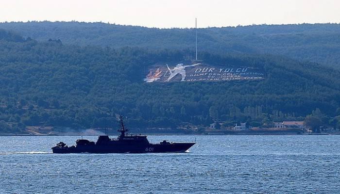 Rus askeri gemileri peş peşe Çanakkale Boğazı'ndan geçti (VİDEO)