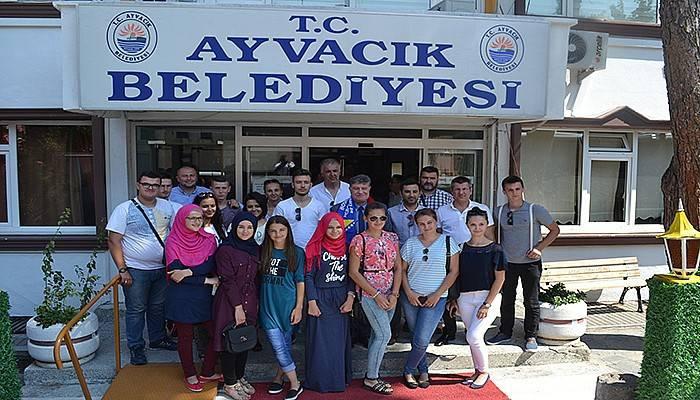 Bosnalı Öğrenciler Ayvacık'ta