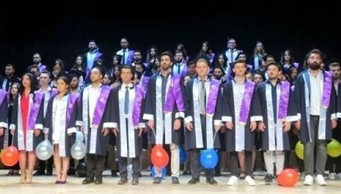 Biga Uygulamalı Bilimler Fakültesi Mezuniyet Töreni Gerçekleşti