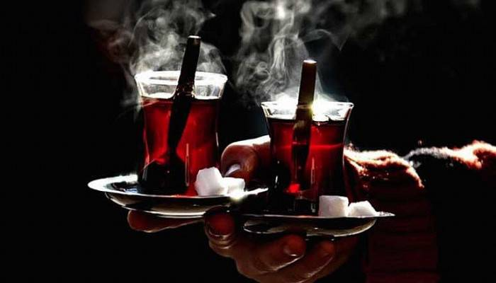 Çanakkale'de yiyecek içecek ikramları durduruldu!