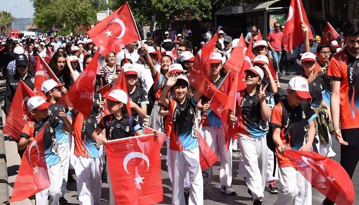 Çanakkale'de 19 Mayıs coşkusu (VİDEO)