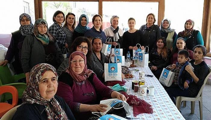 Kangırlı kadınları Bilgi Evi'nde