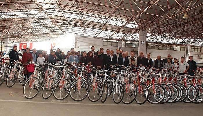 Sağlıklı ve Hareketli Yaşam için Bisiklet Dağıtıldı