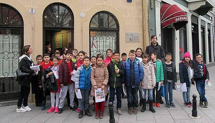 Bin 447 öğrenci müzeleri gezdi