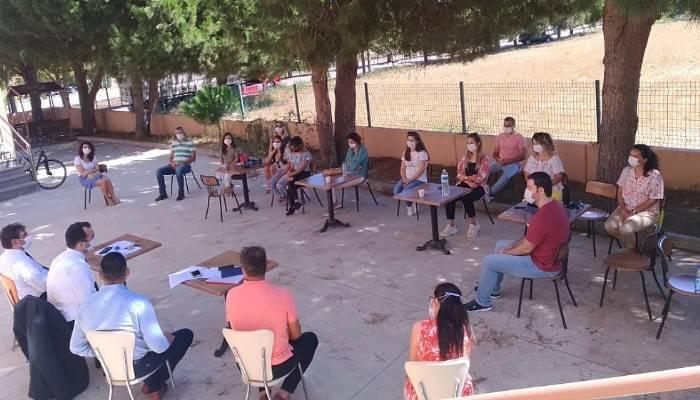 Yılmaz, Eceabat'ta öğretmenlerle buluştu
