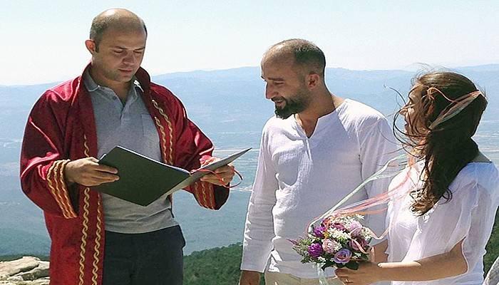 1726 metre yükseklikteki Kazdağı'nda evlendiler