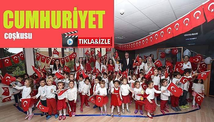 Kreş çocuklarının Cumhuriyet coşkusu..