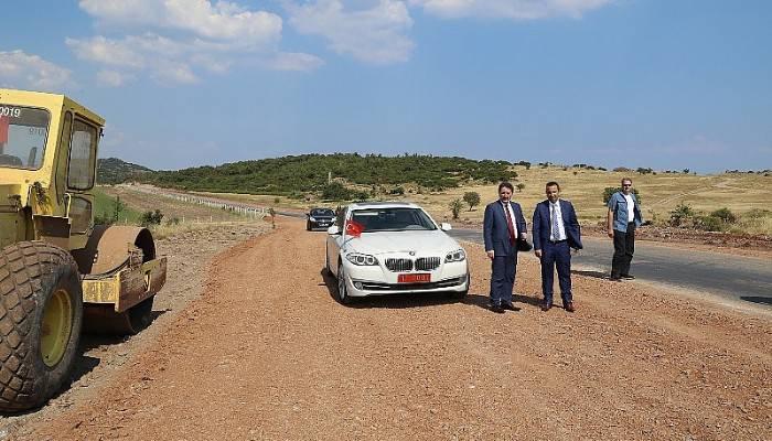 Assos-Behramkale Turizm Yolu Çalışmaları Devam Ediyor