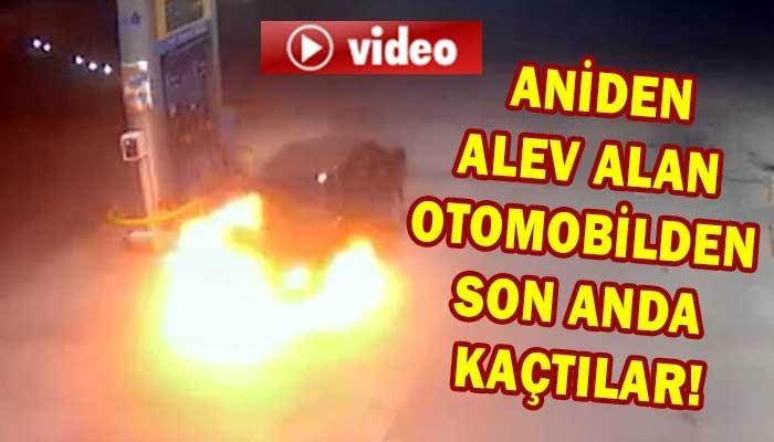 Alev alan otomobilden son anda kaçtılar! (VİDEO)