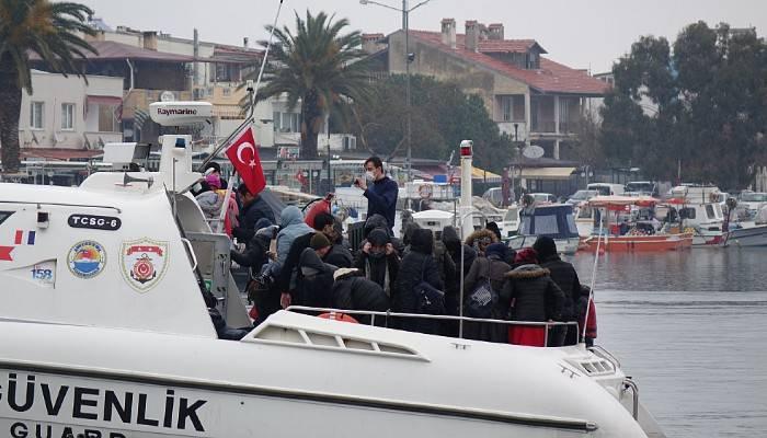 Ayvacık açıklarında 106 kaçak göçmen yakalandı