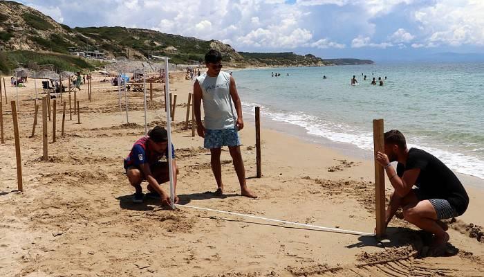 Ayazma Plajı'nda sosyal mesafeli tatil hazırlığı (VİDEO)