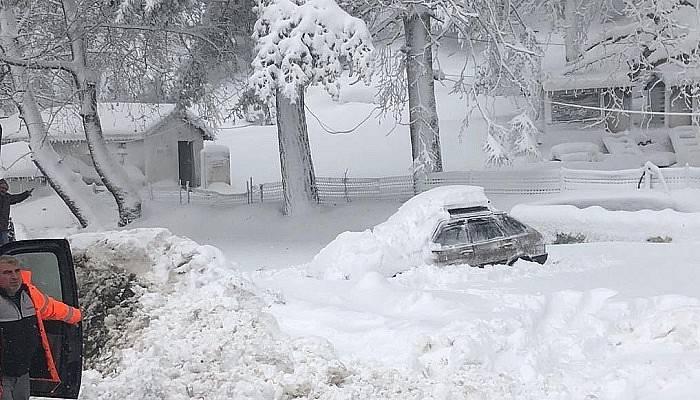 Yenice'de 13 köy yolu kapandı