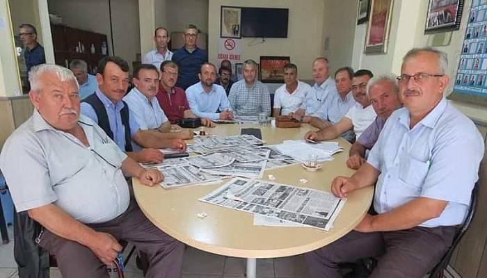 AK Parti İlçe Başkanı Muhtarlarla Bir Araya Geldi