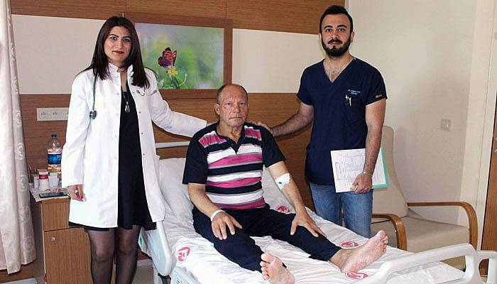 İki hasta felç olmaktan kurtuldu