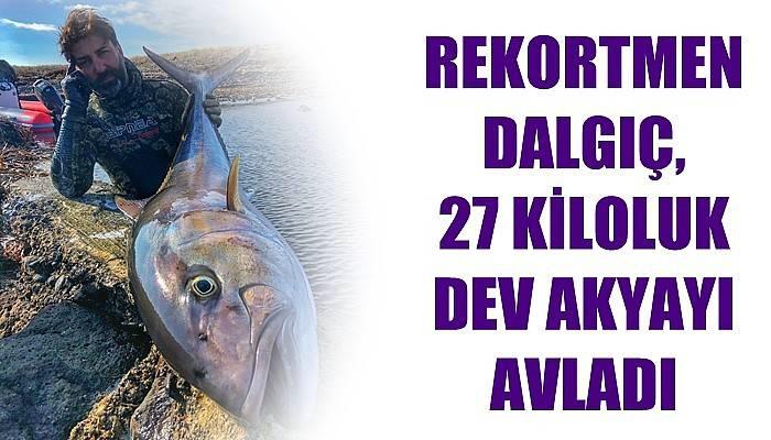 Rekortmen dalgıç, 27 kiloluk dev akyayı avladı