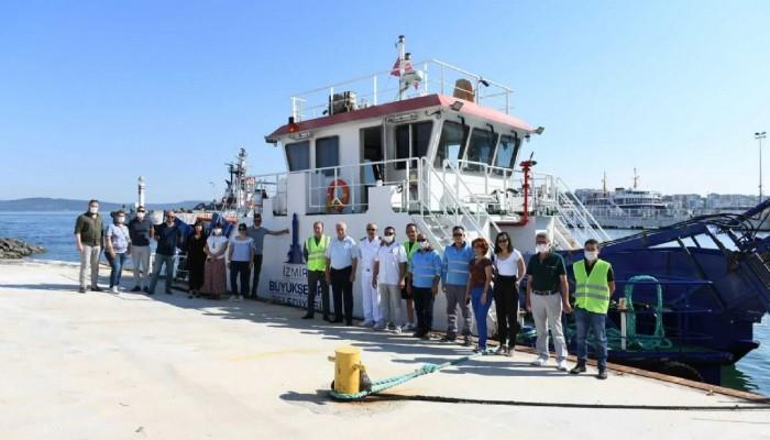 Mavi Körfez 3 Deniz Süpürge Gemisi, Çanakkale'de Müsilaj Temizliğine Başladı