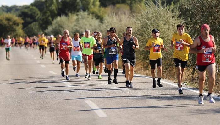 Dev maratonda binlerce kişi koştu