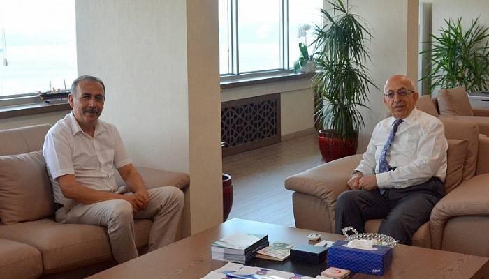 Eceabat Belediye Başkanı Zileli'den Rektör Murat'a Ziyaret