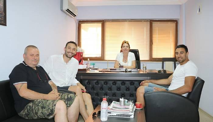 Can Çelebi Hentbol Akademi Çanakkale Gazeteciler Cemiyeti'ni ziyaret etti