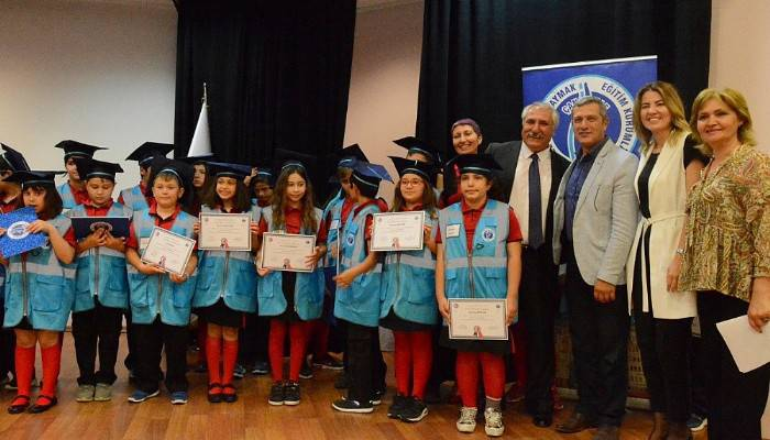 ÇOMÜ'nün ilk Çocuk Üniversitesi öğrencileri mezun oldu