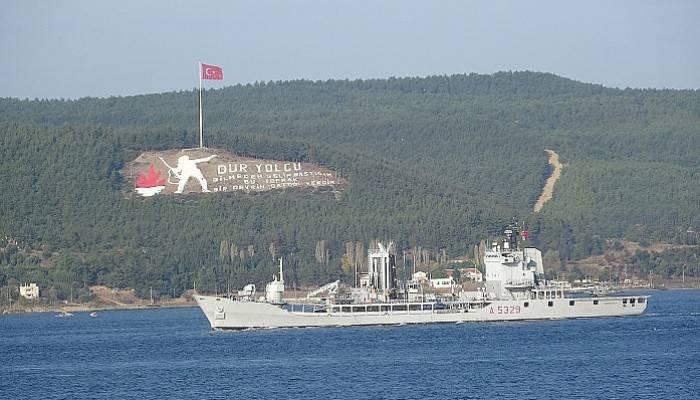 Çanakkale Boğazı'ndan peş peşe NATO gemileri geçti (VİDEO)