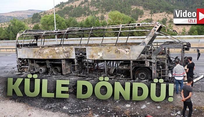TEM'de, seyir halindeki otobüs alev alev yandı!