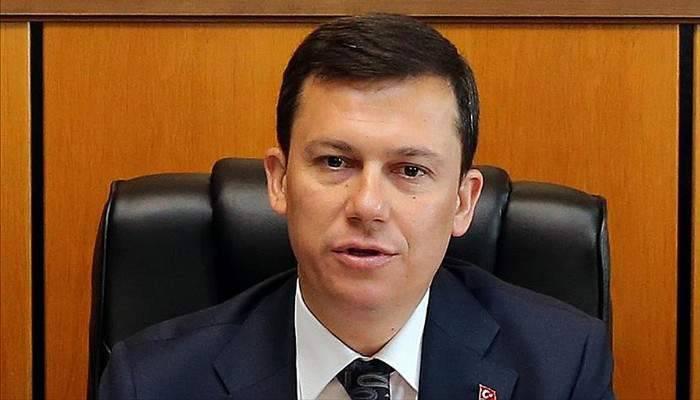 Çanakkaleli vekilin mecliste burnu kırıldı