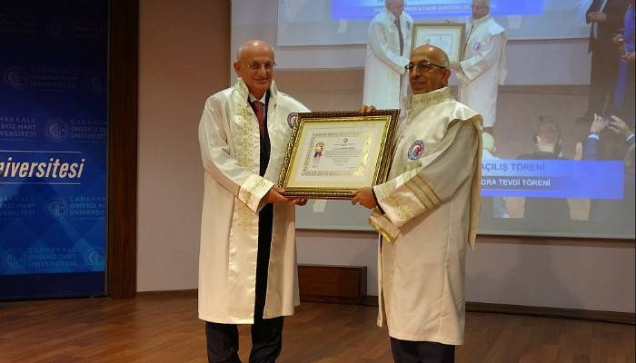 İsmail Kahraman'a ÇOMÜ'de fahri doktora unvanı verildi (VİDEO)
