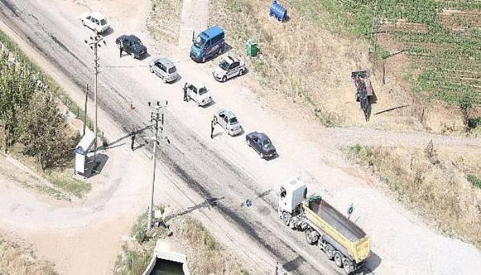 Jandarma, Helikopter İle Havadan Trafik Denetimi Yaptı