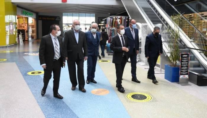 Vali Aktaş ve Başkan Gökhan AVM'leri Denetledi