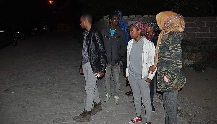 Çanakkale'de 49 mülteci yakalandı (VİDEO)