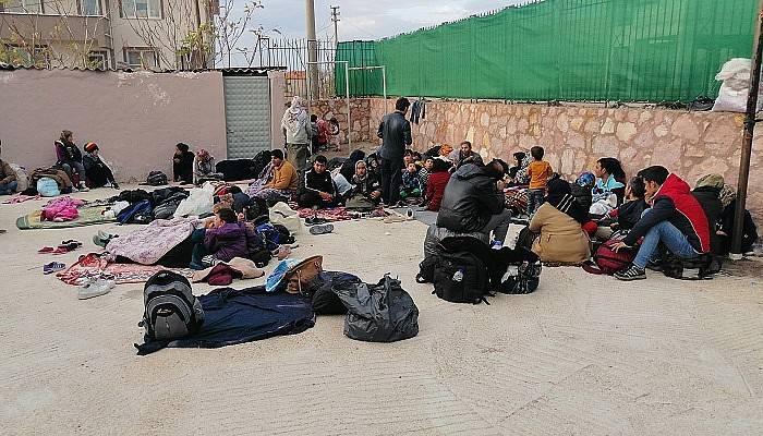 Çanakkale'de 205 mülteci yakalandı (VİDEO)