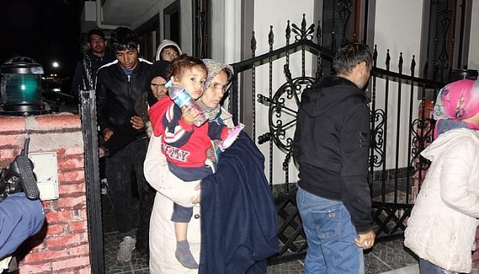 Kuzey Ege'de 74 düzensiz göçmen yakalandı
