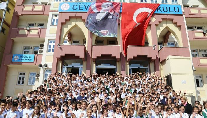 77 Bin Öğrenci Ders Başı Yaptı