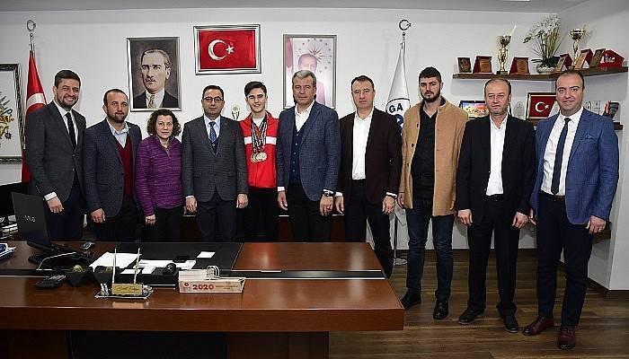 Millî atlet Anıl Korkmaz'dan Başkan Erdoğan'a ziyaret