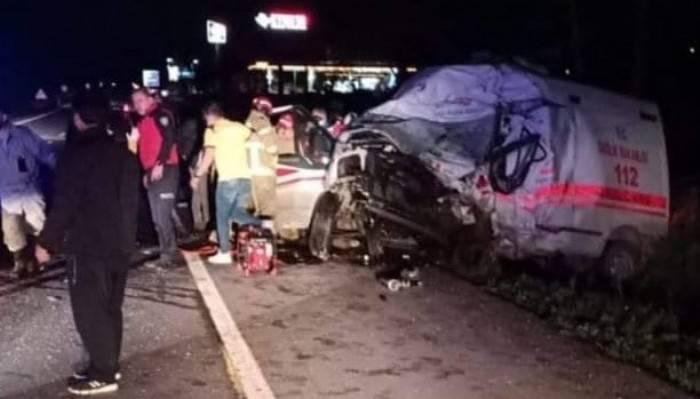 Bandırma-Çanakkale karayolunda feci kaza 4 ölü