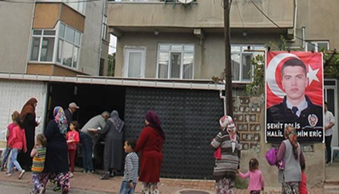 Şehit polisin ailesinden hacı hayrı